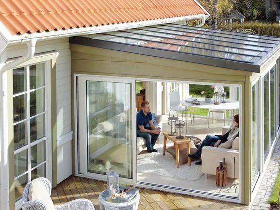 Toiture de véranda : tous les matériaux pour votre toit et leurs prix